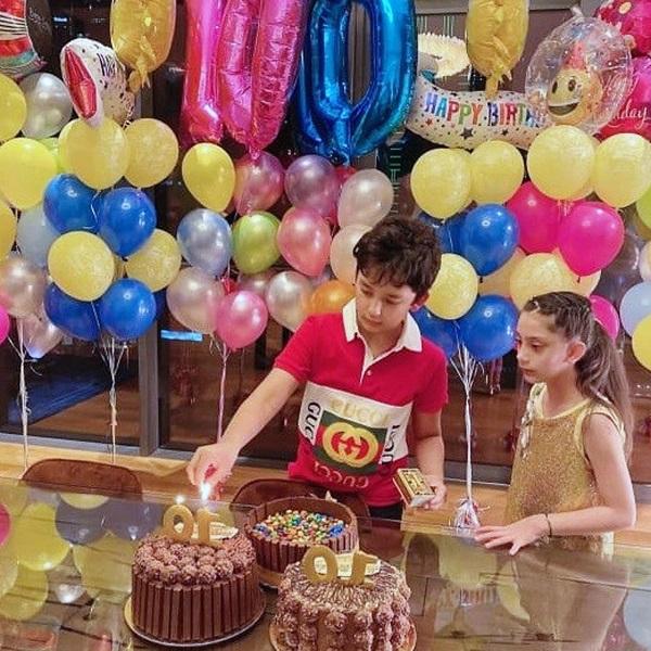 संजय दत्त ने अपने जुड़वा बच्चों का 10 वां जन्मदिन मनाया बेहद ही खास तरीके से ,देखें डबल सेलिब्रेशन की कुछ बेहतरीन तस्वीरे - BollywoodliveHD